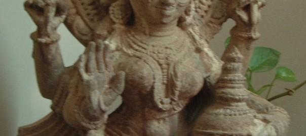 lakshmi-idol